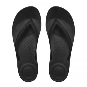 iQushion Ergonomic Flip Flop Men's Midnight Black